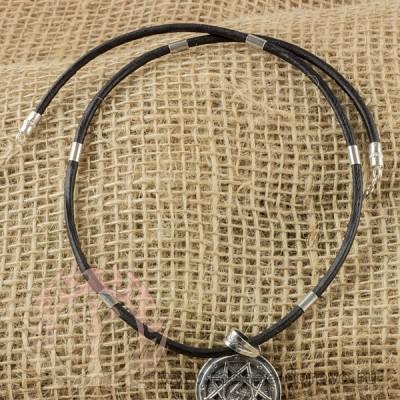 Шнур из кожи с серебряными вставками